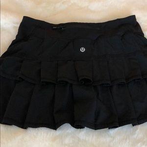Black Lululemon running skirt size 4